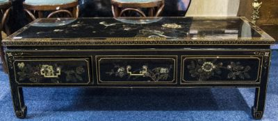 Chinese Style Black Lacquered Coffee Table Painted Chinoiserie Design Throughout, 3 Short Frieze