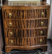 Early To Mid 20thC Chest Of Drawers, Serpentine Fronted