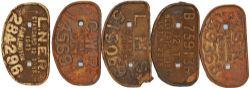 Cast Iron D Wagon Plates qty 5 comprising: GWR 12 Tons 145691 (unrestored), LNER Darlington