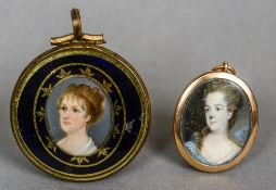 ENGLISH SCHOOL (19th century) Miniature mourning pendant worked with the portrait of a young