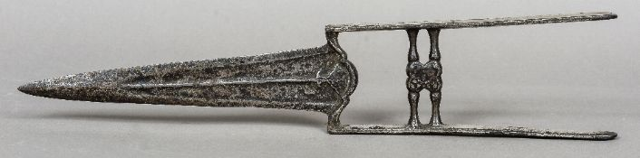 An Indian 17th century silvered katar Of typical form.  45 cm long.