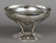 A George V Arts & Crafts silver bowl, hallmarked Chester 1913, maker's mark of A.E.