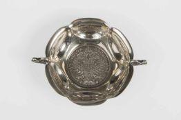 Henkelschälchen mit Münzeinlage, Maria Theresientaler, Silber 800, 67g, Dm.8,3cm;