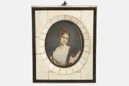 Aquarellminiatur, Anfang 20.Jh., Bildnis einer jungen Dame mit Zöpfen, mit elegantem Kleid und
