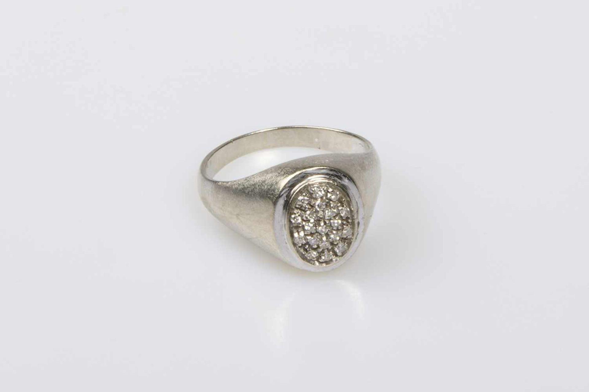 Los 21 - Diamantring Weißgold 750 mit Diamanten zus.ca.0,15 ct, RW 53, 4,7 g;