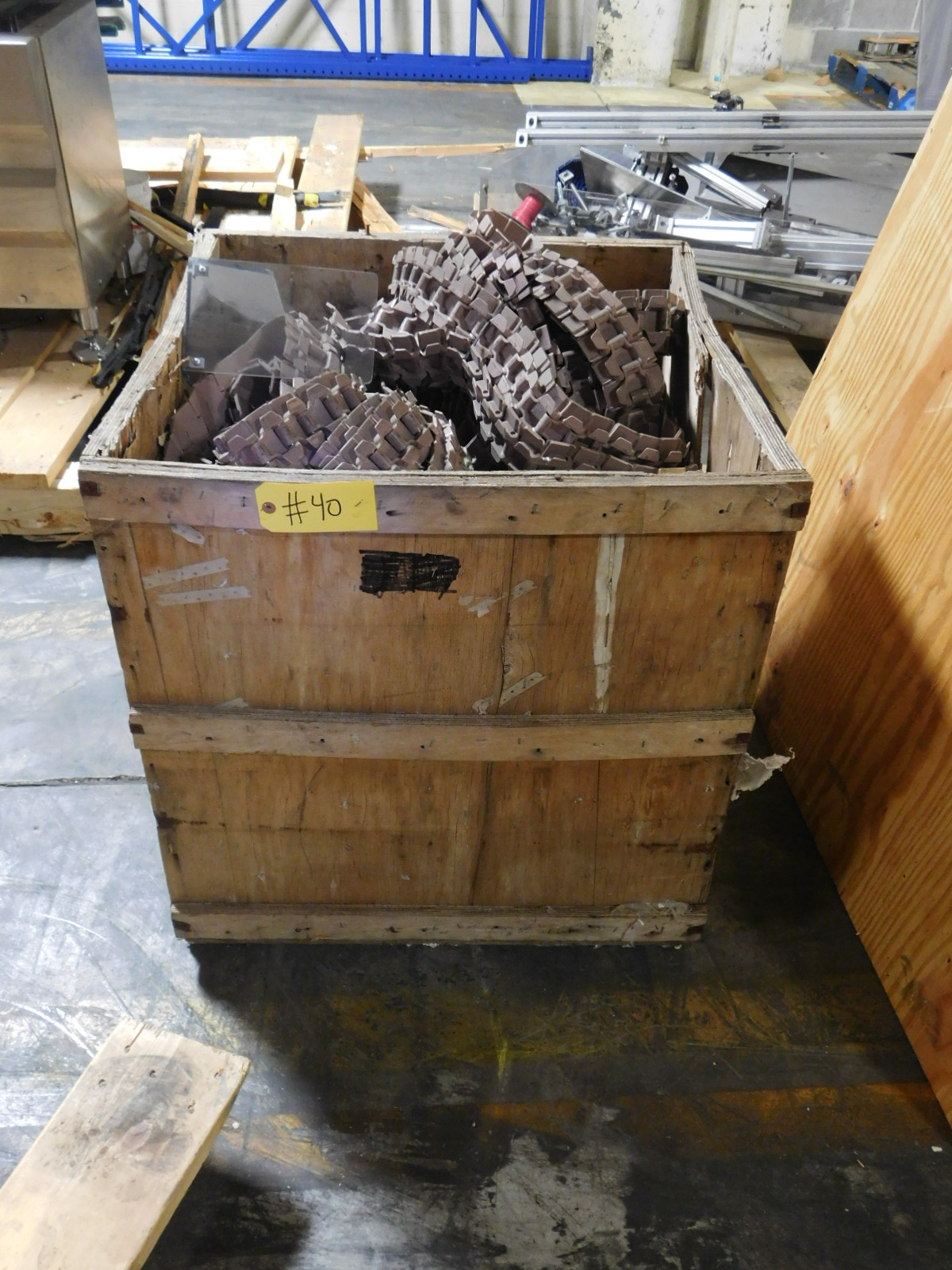 Lot 40 - Macbett 879TK326 Table top chain est, 100 Feet :equipment located at Clark Logistic Services |314-