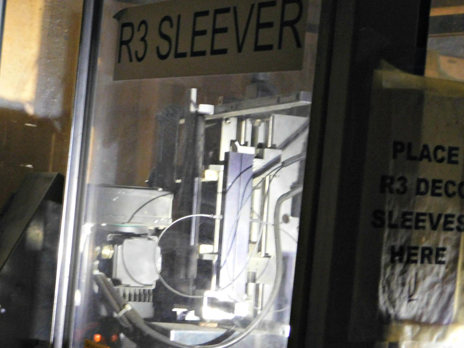Lot 73 - Slever International ,Powerskinner,SN: 04107-0283 :equipment located at Clark Logistic Services |