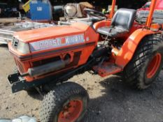 KUBOTA B2150 4WD COMPACT TRACTOR WITH HYDRASTATIC DRIVE