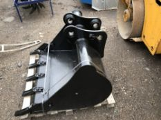 3FT TOOTHED BUCKET FOR 45MM PINS LITTLE USED