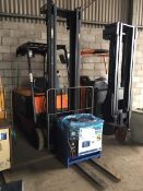 Daewoo BC30 S-2 Electric Forklift