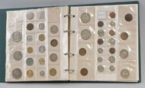 Münzalbum Europa: ca. 125 Stück, dabei Belgien, Türkei, Niederlande, Spanien, Polen, Italien,