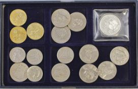 Konvolut Münzen Polen.. 17 Stück, dabei 3 x 2 Zloty (2000-2003), 4 x 10 Zloty (1964, 1975/76, 1987),