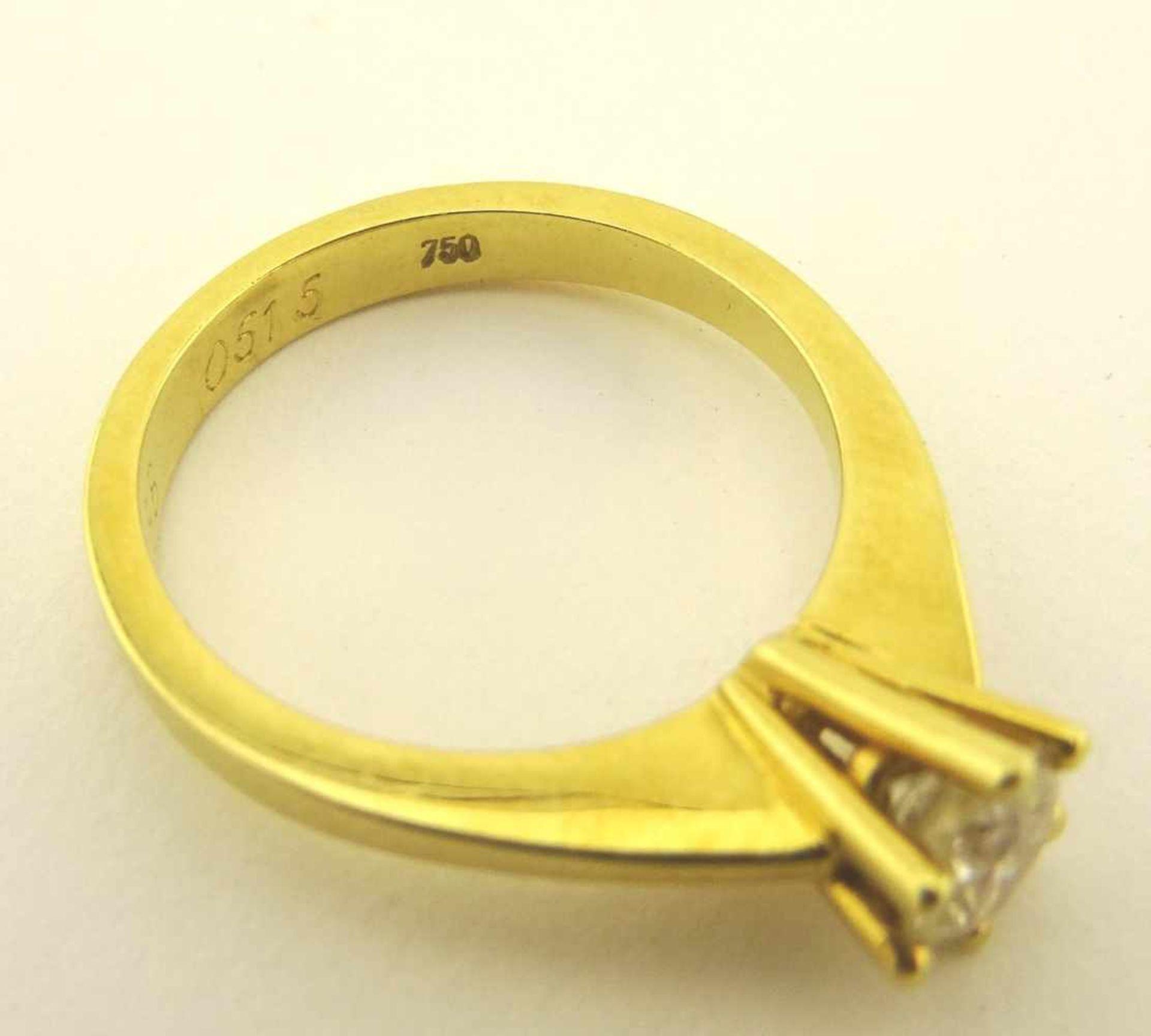 Los 22 - Damenring Brillant Solitär 750 Gold Solitär Damenbrillantring mit Brillant ca. 0,51 ct. Crystal / IF