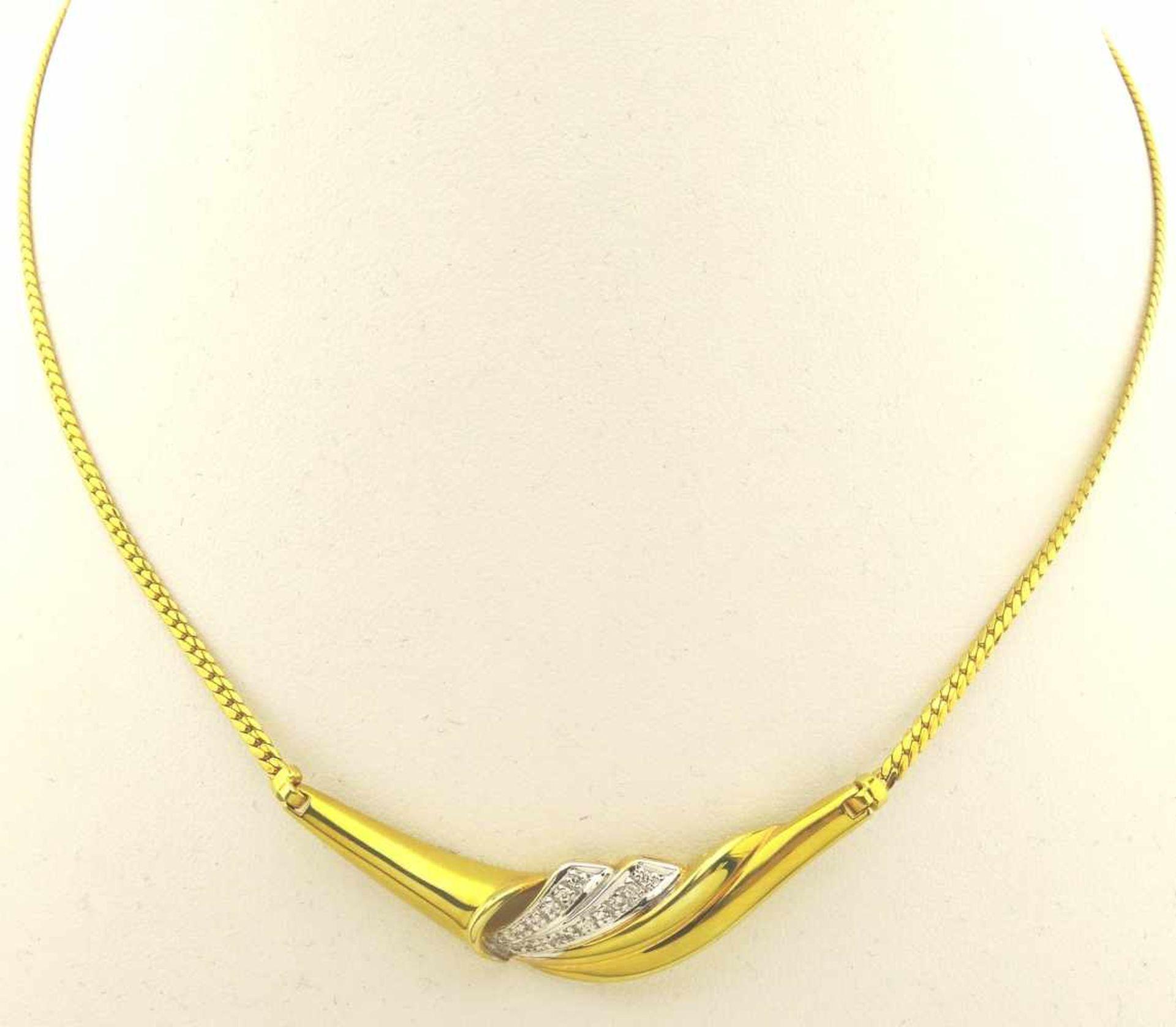 Los 18 - Collier 585 Gold 2 farbiges Collier mit 0,11ct. Brillant, Länge gesamt ca. 43cm, Gewicht ca. 12,