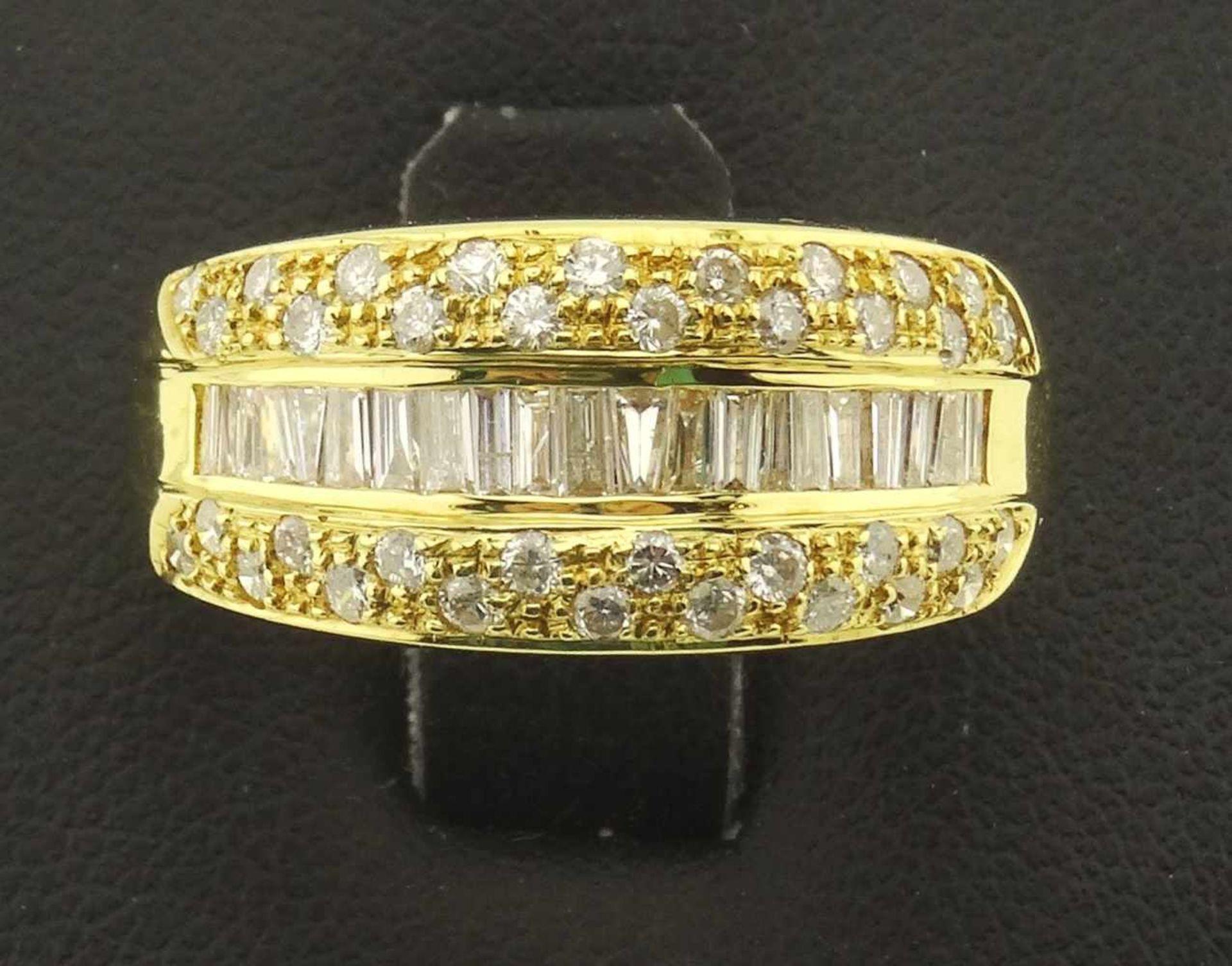 Los 11 - Damenring 750 Gold Brillant / Diamanten sehr schöner Brillant / Diamantring in 750 Gold 18k,