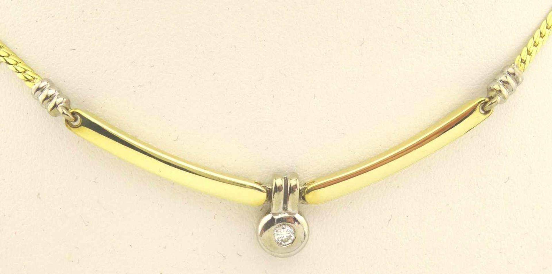 Los 19 - Collier 585 Gold ungetragen, 2 farbig, mit 0,07 ct. Brillant TW/Si, Länge ca. 42cm, Gewicht ges. ca.