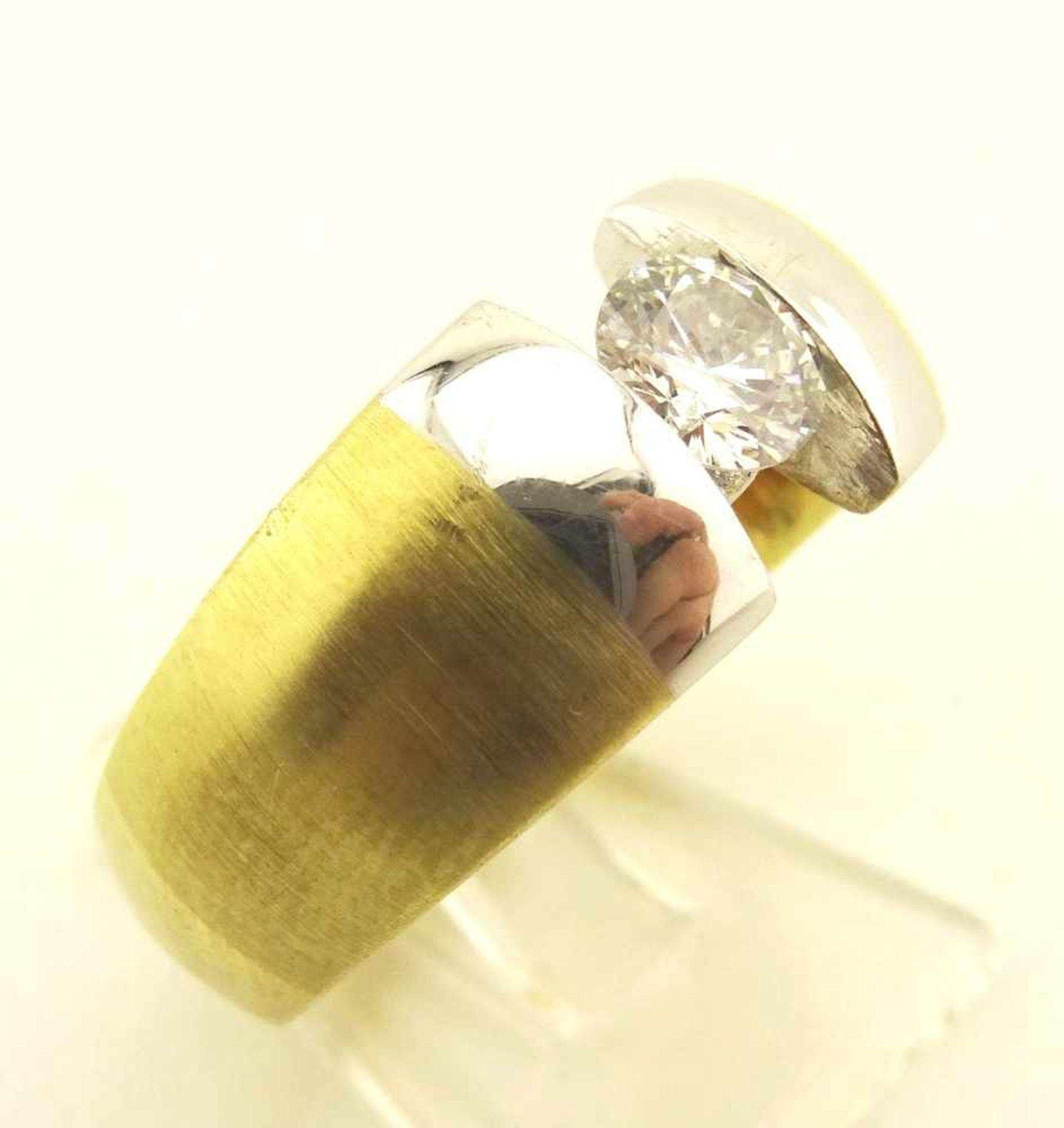 Los 30 - Damen o. Herren Brillantring 750 Gold mit Brillant ca. 0,55ct. W/ pi, in Gelb- Weißgold, RG 59,