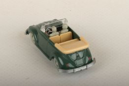 Wiking VW Käfer Cabrio h'patinagrün (silbernes Lenkrad) 33/5i, IE h'beige, neuwertig