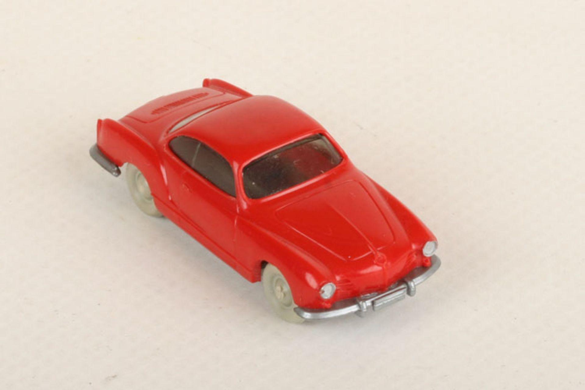 Los 1026 - Wiking VW Karmann Ghia rot (Coupé) 34/4k, neuwertig