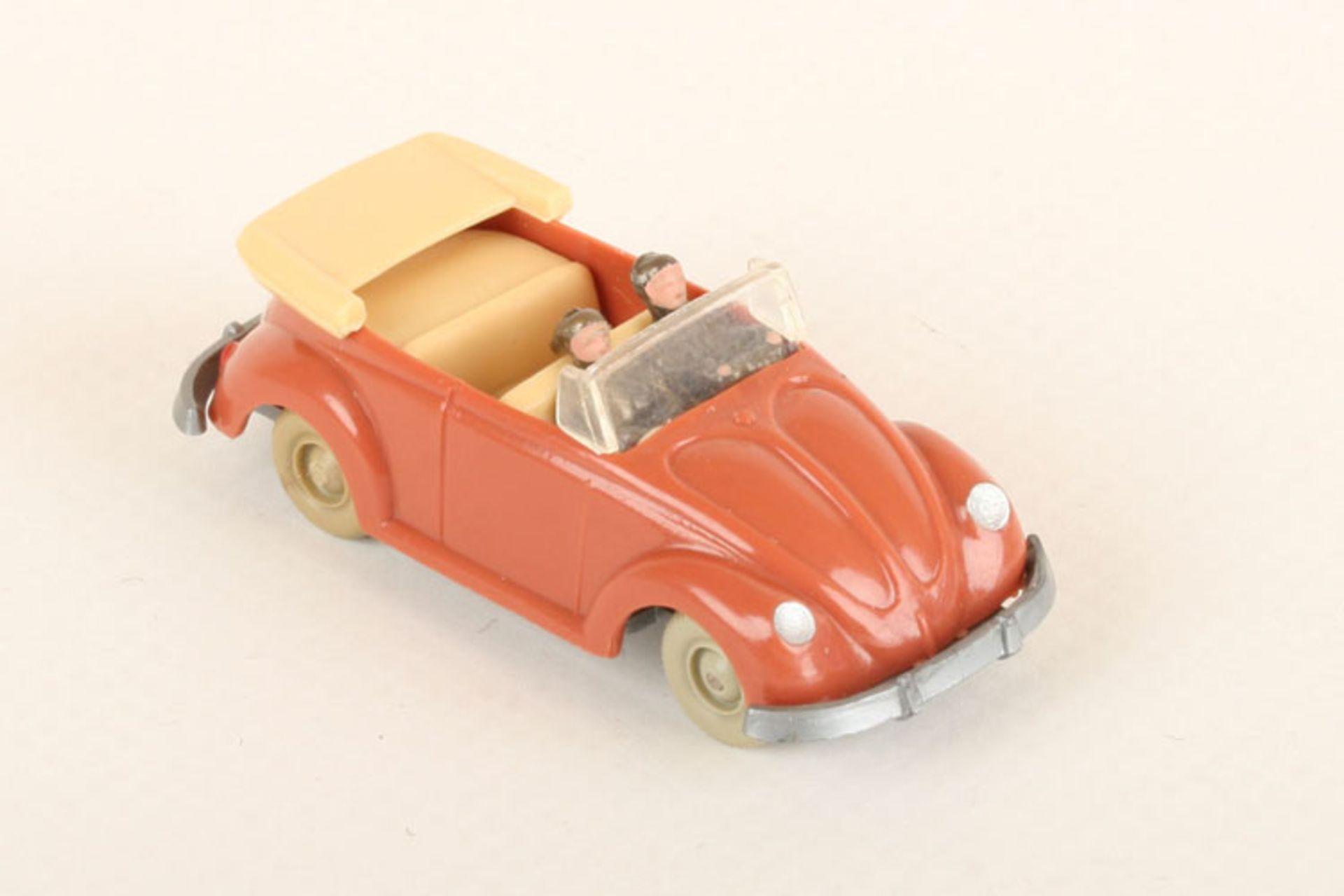 Los 1021 - Wiking VW Käfer Cabrio korallenrot 33/3h, neuwertig