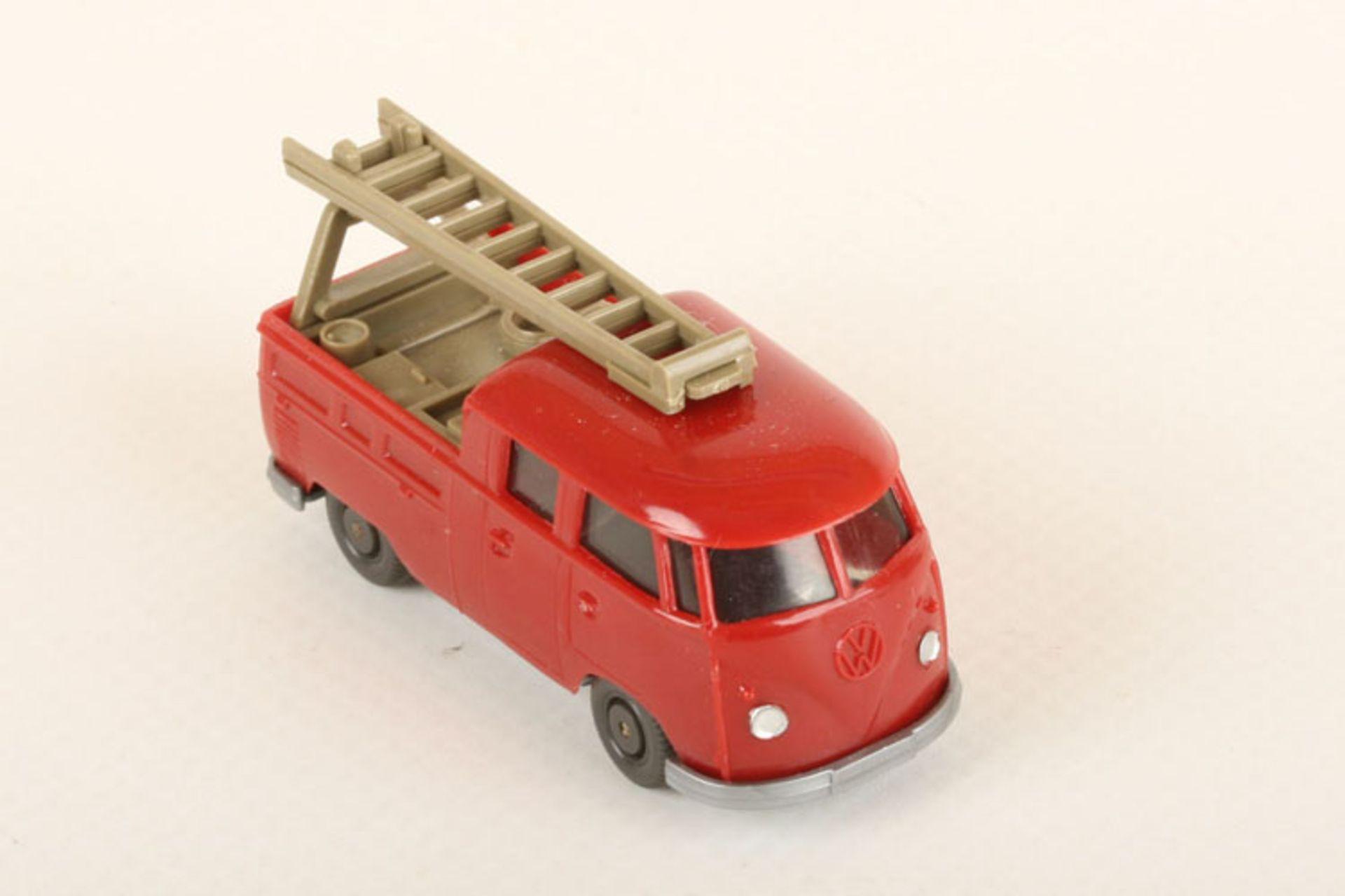 Los 1054 - Wiking VW Montagewagen h'braunrot 296/1c, Steg bb, neuwertig