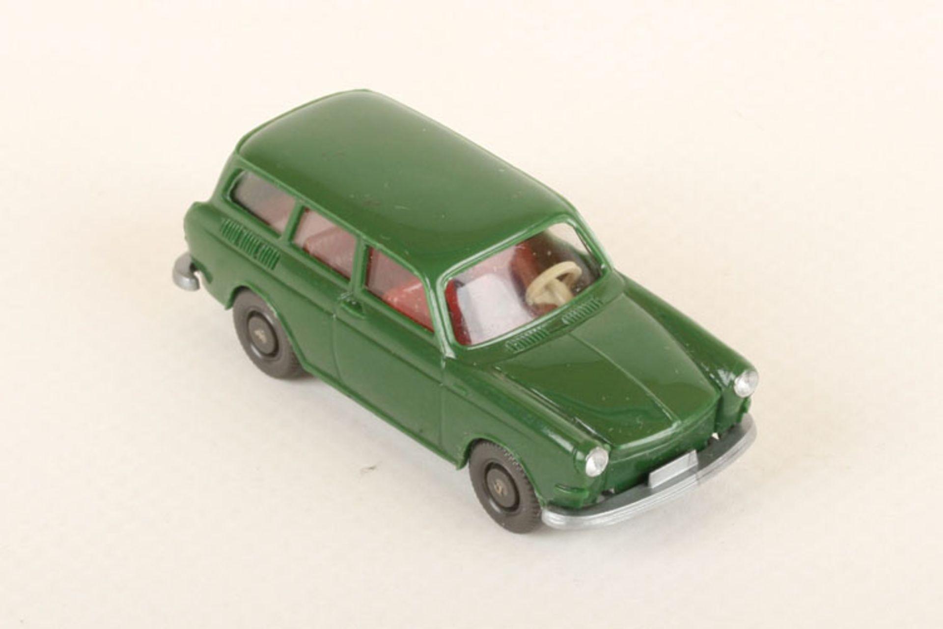 Los 1041 - Wiking VW Variant laubgrün 42/3f, neuwertig