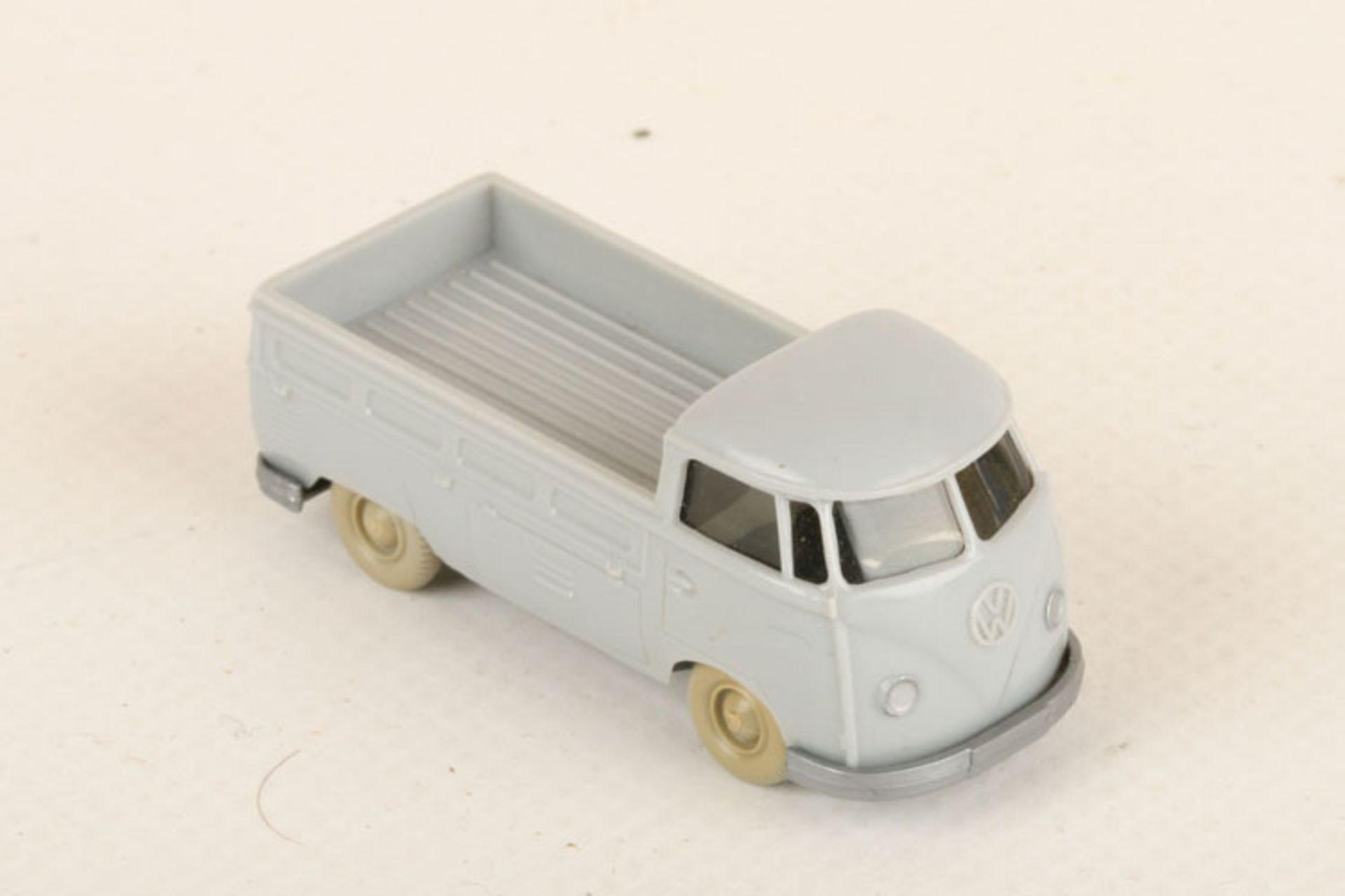 Los 1049 - Wiking VW T1 Pritsche silbergrau 290/3b, neuwertig