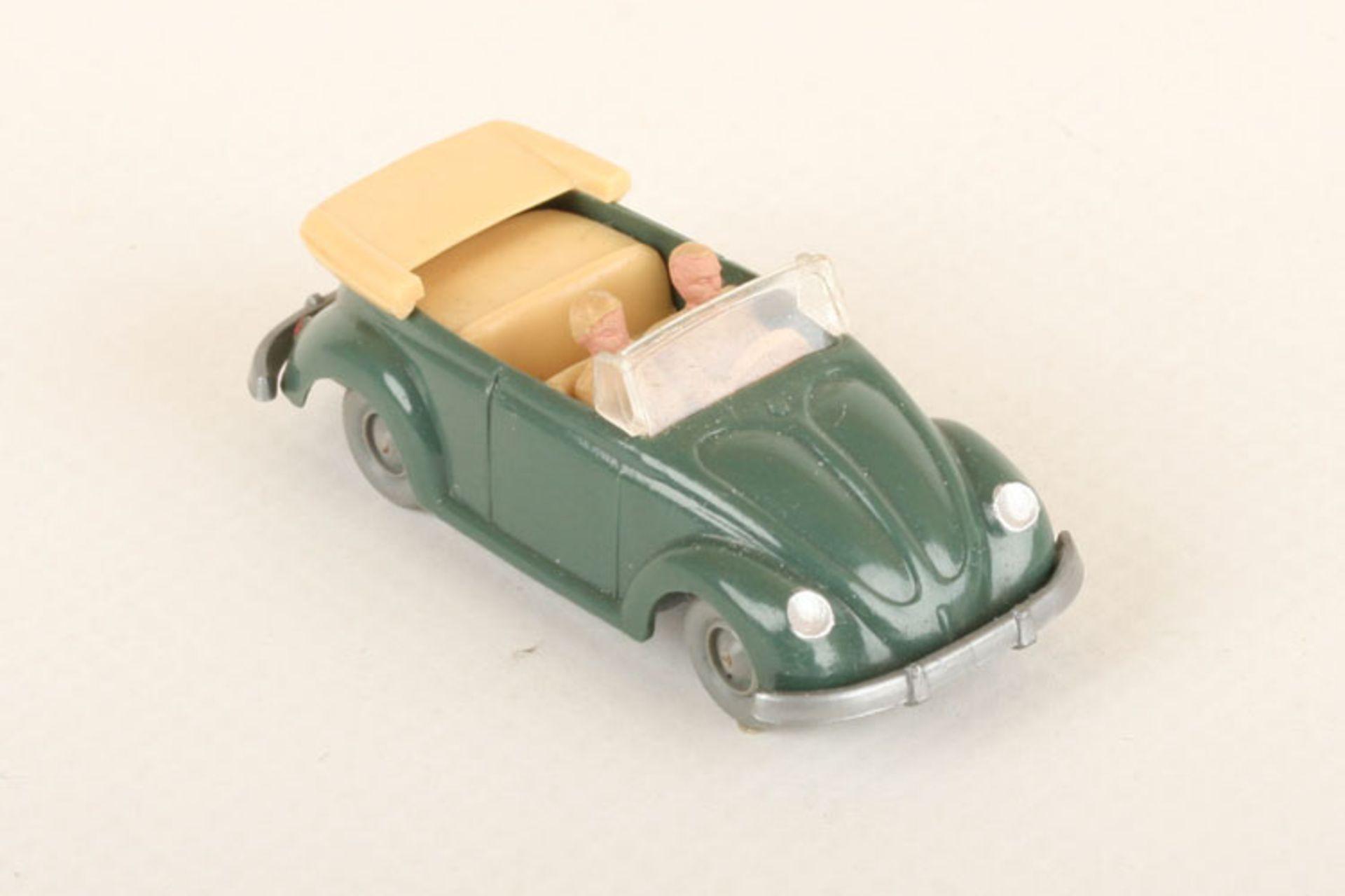 Los 1016 - Wiking VW Käfer Cabrio h'patinagrün 33/6x, IE h'beige, neuwertig