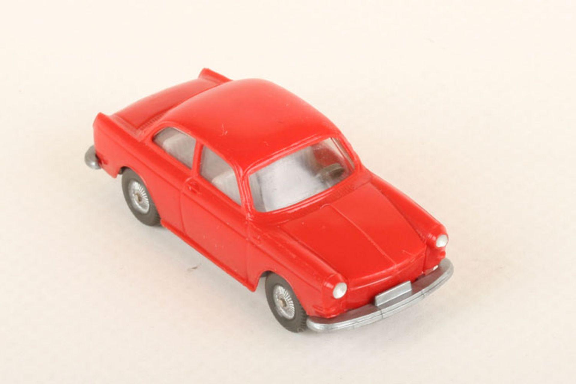 Los 1038 - Wiking VW 1600 rot 40/15c, neuwertig