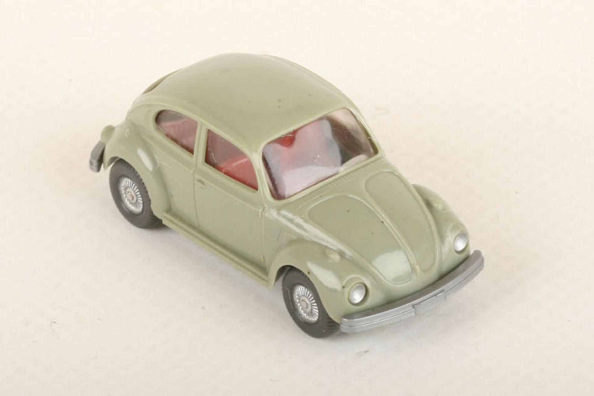 Los 1011 - Wiking VW Käfer 1300 h'-resedagrün 30/13g, neuwertig