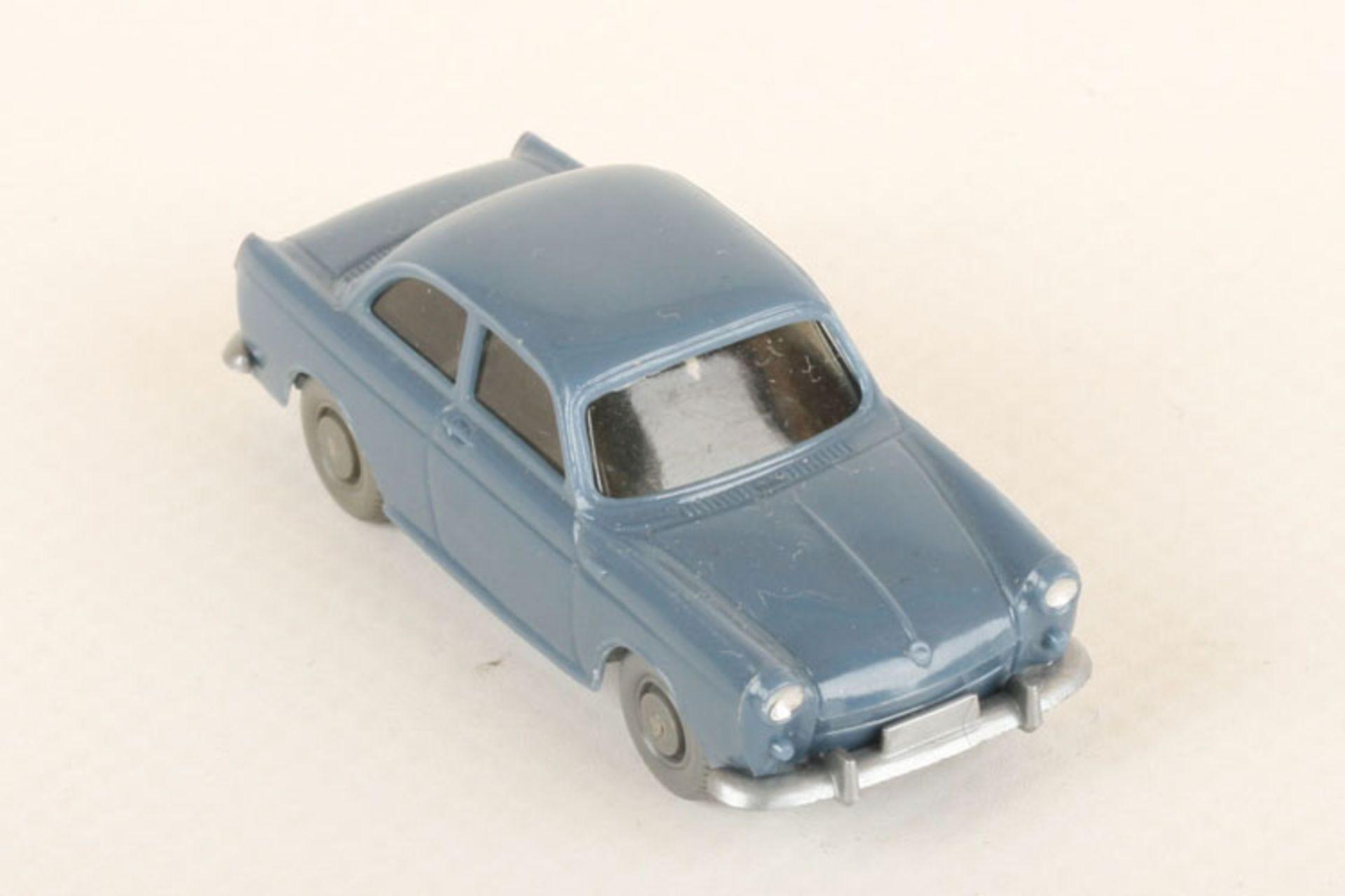 Los 1036 - Wiking VW 1500 taubenblau 40/12e, neuwertig