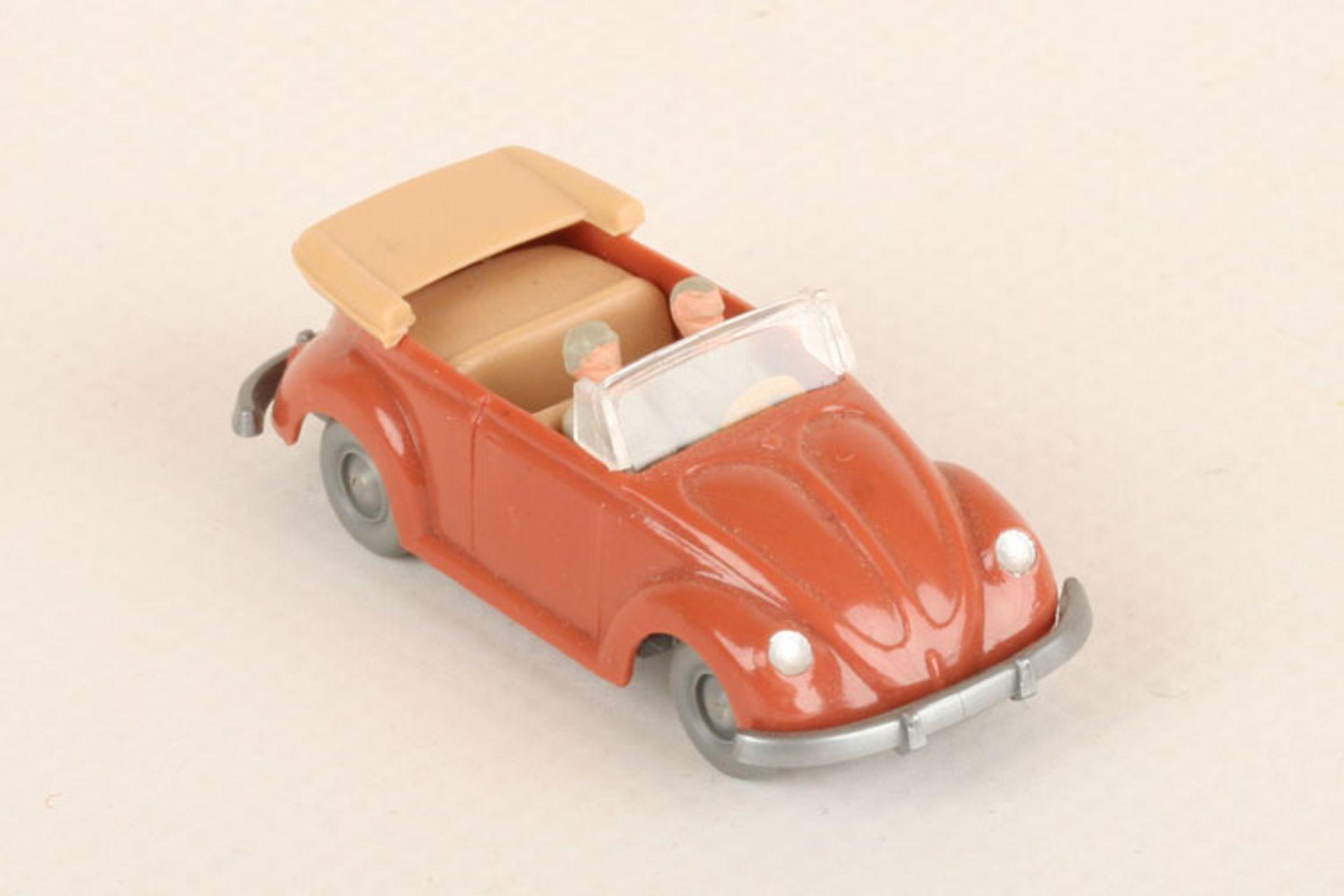 Los 1012 - Wiking VW Käfer Cabrio korallenrot 33/6a, IE beige, neuwertig