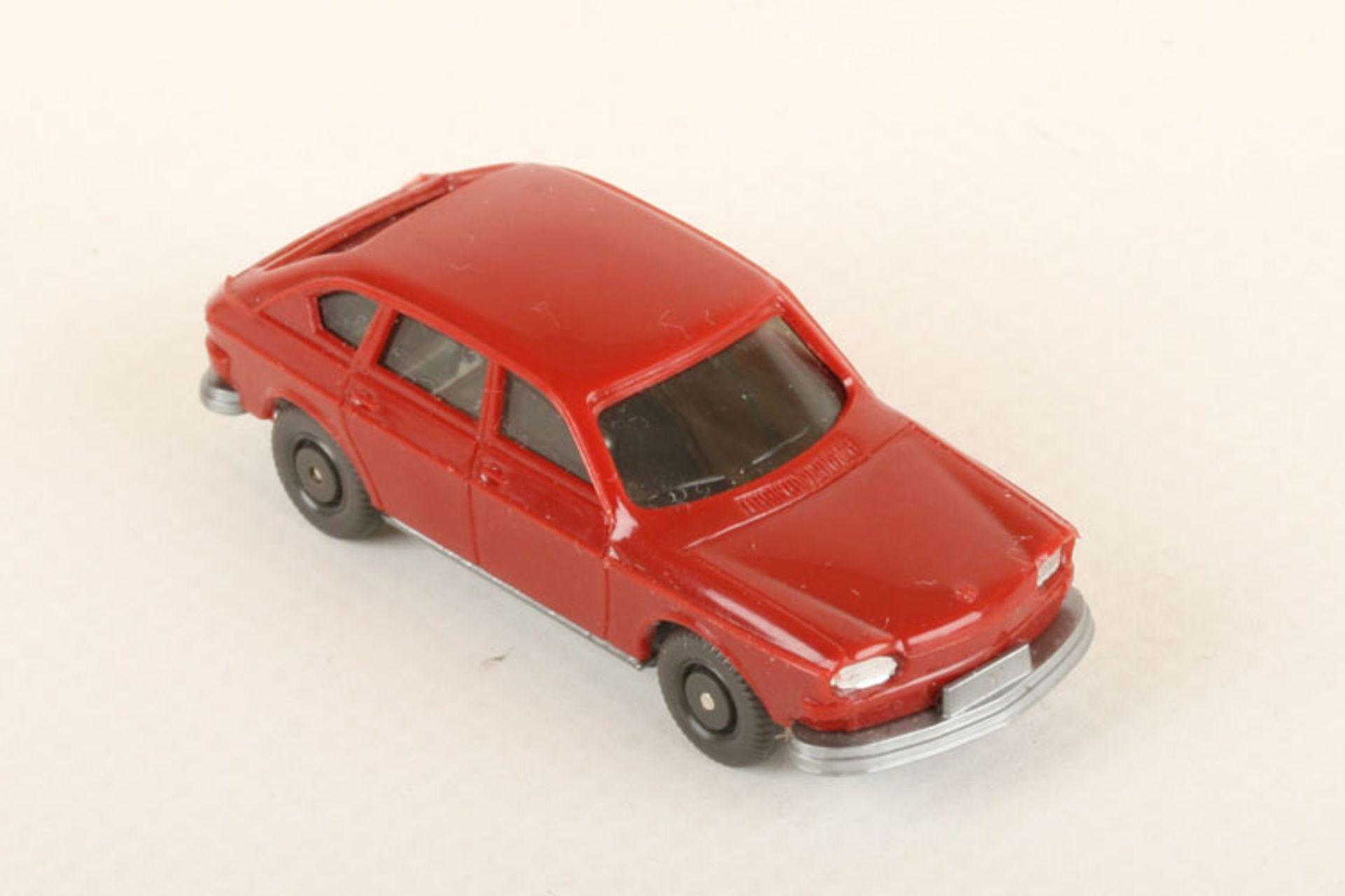 Los 1042 - Wiking VW 411 h'braunrot 46/1b, neuwertig