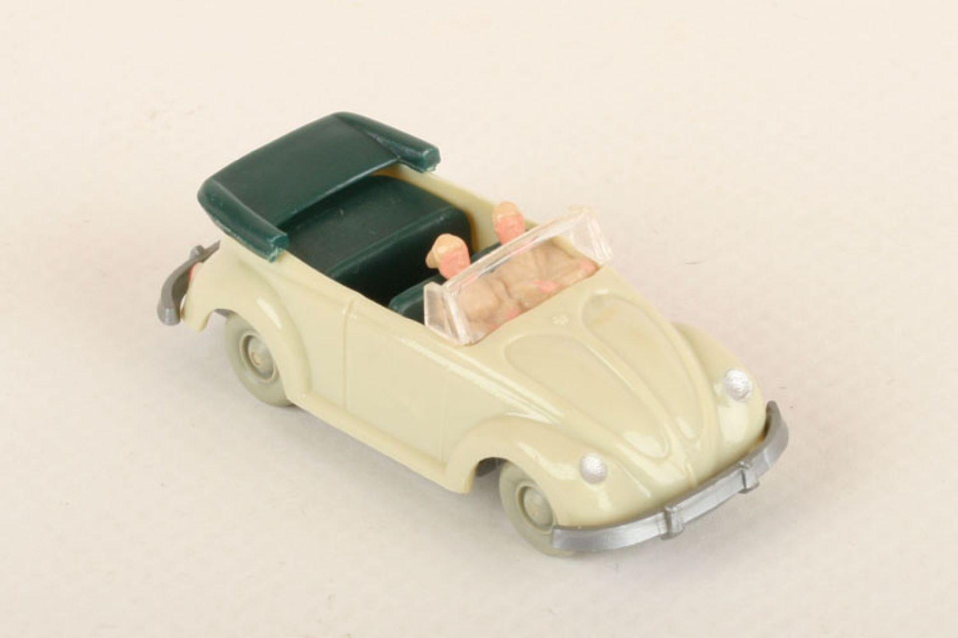 Los 1024 - Wiking VW Käfer Cabrio grünlichbeige 33/3o, IE blaugrün, neuwertig