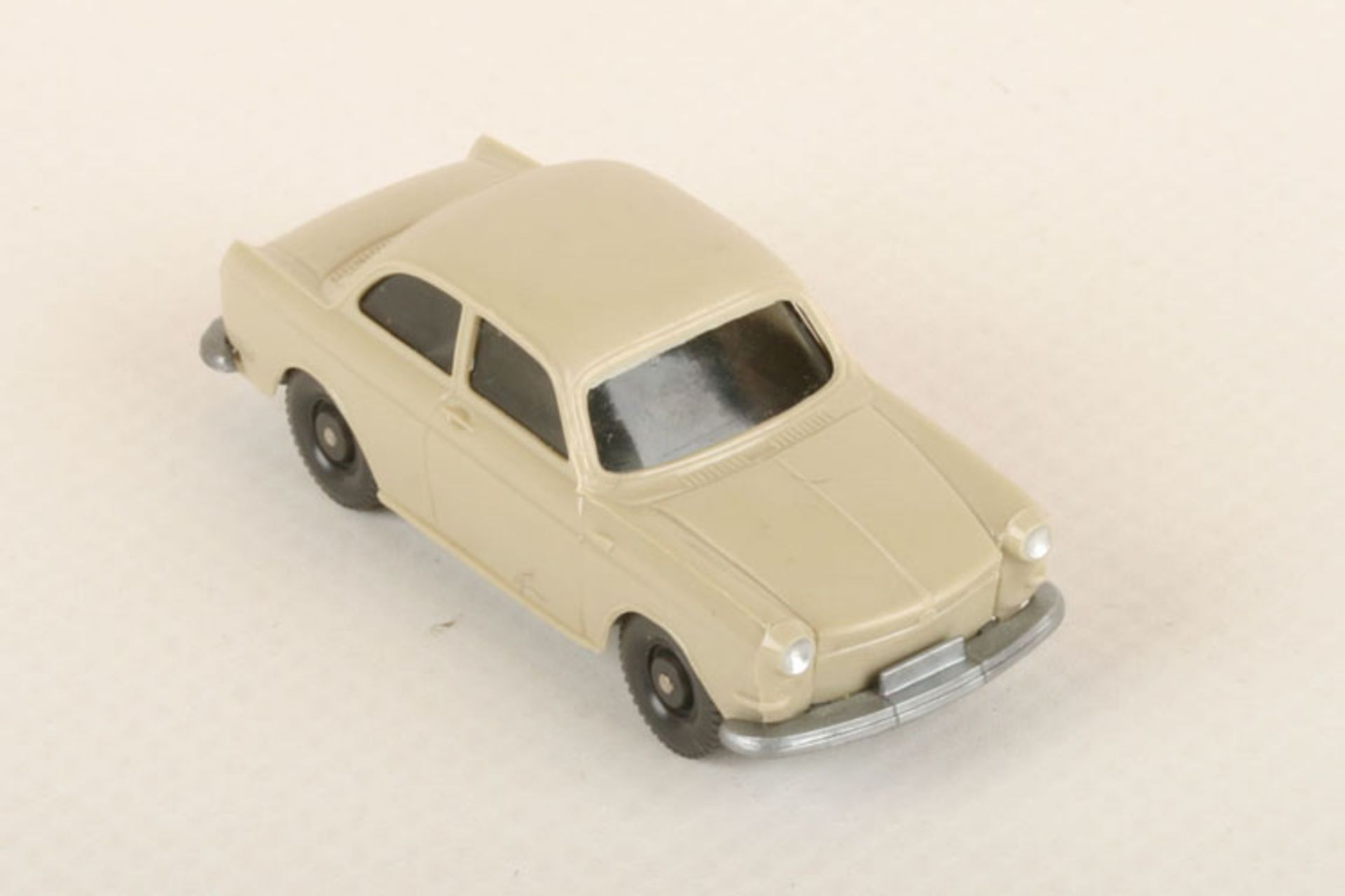 Los 1039 - Wiking VW 1600 h'gelbgrau 40a/1a, neuwertig