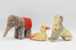 KONVOLUT Plüschtiere Steiff, teils mit Knopffahne, Wolle/Bauwolle, Deutschland um 1970-1975 Drei