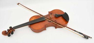 SCHÜLERGEIGE MIT ZUBEHÖR , Altmittenwald, 1955 Geige mit Bogen, Schulterstütze, Filzschoner,