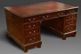 """Schreibtisch """"Partnersdesk"""", Mahagoni mit rötlicher, goldpunzierter Lederplatte und beidseitigen"""
