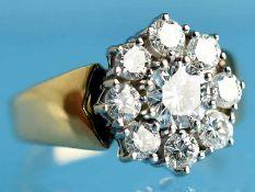 Ring mit 9 Brillanten, zusammen ca. 1,33 ct, 20. Jh. 750/- Gelb- und Weißgold. Gesamtgewicht ca. 6,1