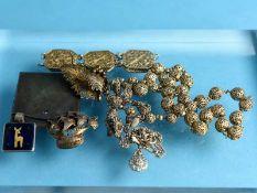 8 tlg. Konvolut Schmuck und Gegenständliches, 20. Jh. Silber. Gesamtgewicht ca. 130 g. Teilweise