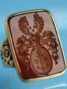 Siegelring mit Karneol, um 1900 585/- Roségold. Gesamtgewicht ca. 14,4 g. Rechteckiger Karneol mit