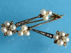 Nadel/ Ohrgehänge (Umarbeitung) mit 14 Orientperlen und 22 kleinen Diamantrosen,zusammen ca. 0,1 ct,