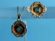 Ring und Anhänger mit Collierkette, Smaragden und Diamantrosen, Art Deco 585/- Weiß- und Gelbgold.