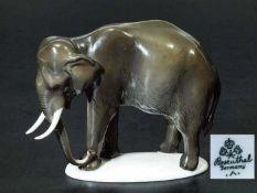 """Tierplastik """"Indischer Elefant, stehend"""". Tierplastik """"Indischer Elefant, stehend"""". ROSENTHAL"""