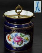 Große Teedose. MEISSEN. Große Teedose. MEISSEN um 1860, 1. Wahl. Kobaltblauer Fond mit