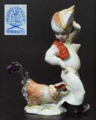 Hühnerfänger. HEREND. Hühnerfänger. HEREND/Ungarn. 20. Jahrhundert. Auf Natursockel