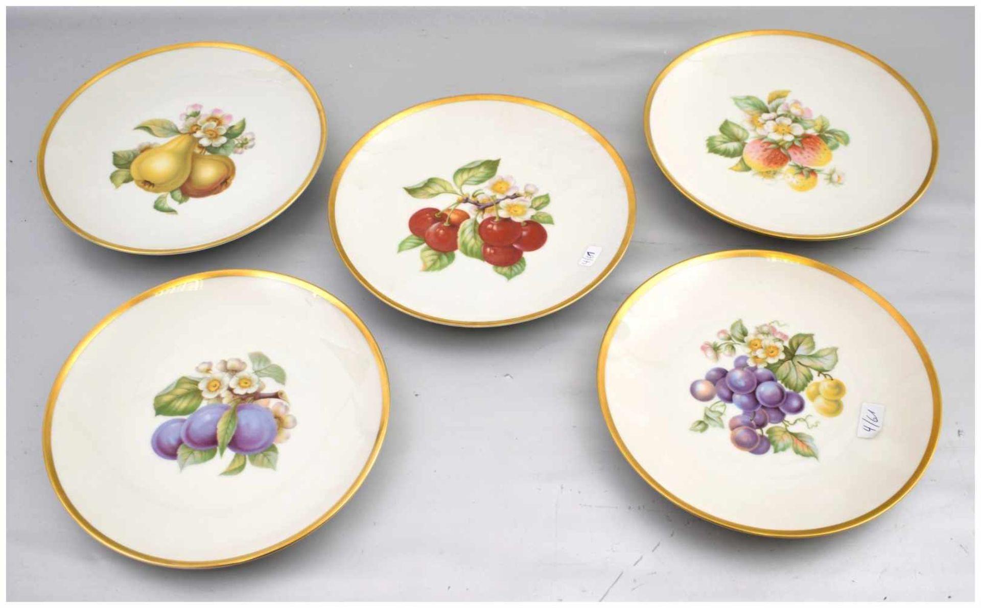 Los 3 - Fünf Obstteller breiter Goldrand, Spiegel mit buntem Obst verziert, Dm 20 cm, FM Hutschenreuther