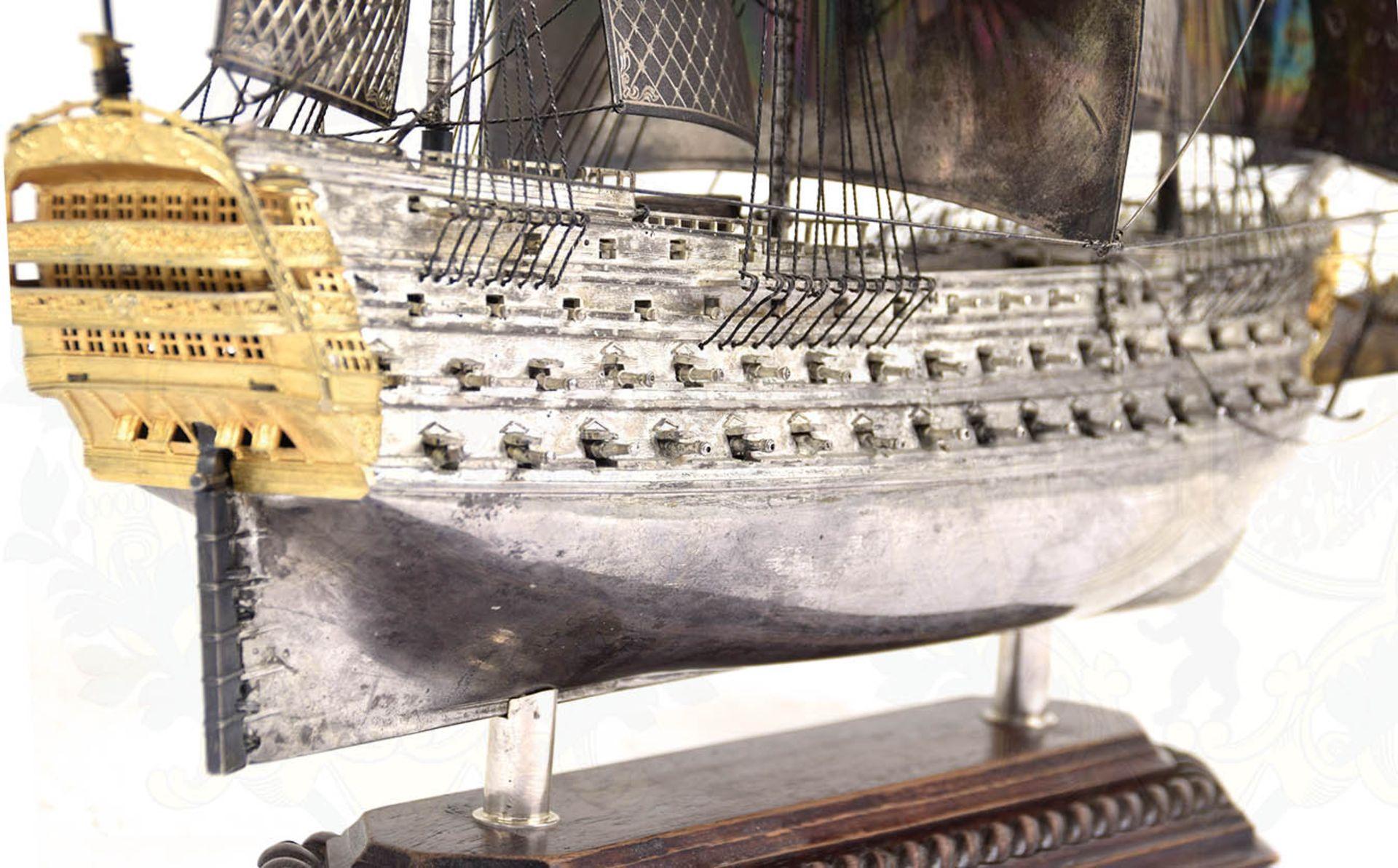MODELL-LINIENSCHIFF, Dreidecker-Segellinienschiff der 2. Hälfte des 18. Jhd. mit 100 Kanonen, - Bild 13 aus 15