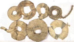8 APPLIKATIONEN, Blei, Belag, tls. beids. mit relief. Mäander- bzw. Linien-Dekor verziert,