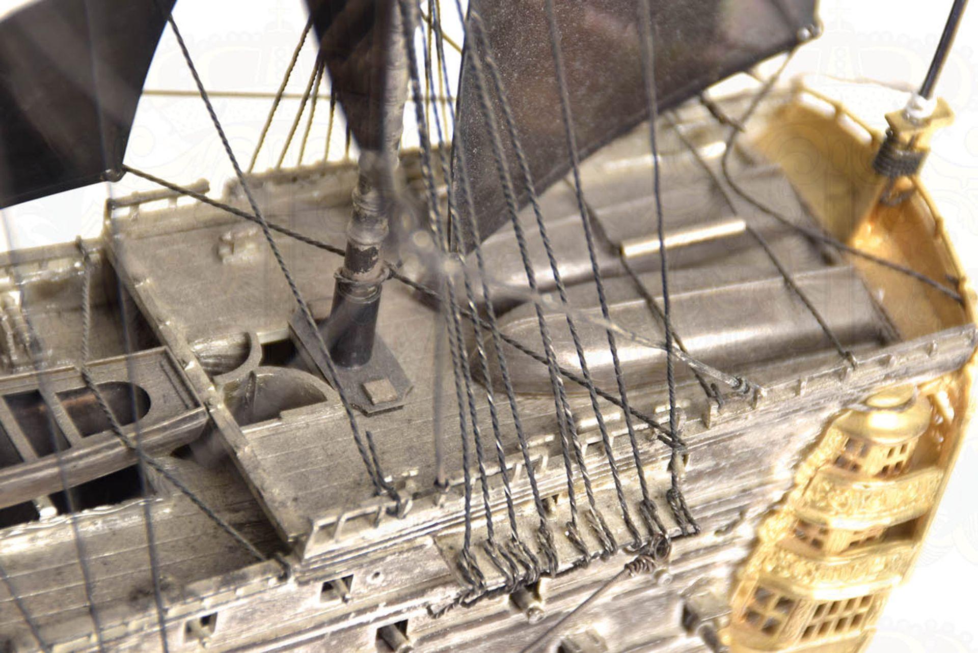 MODELL-LINIENSCHIFF, Dreidecker-Segellinienschiff der 2. Hälfte des 18. Jhd. mit 100 Kanonen, - Bild 6 aus 15